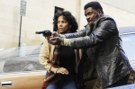 Luisa Rey (Halle Berry) & Joe Napier (Keith David)