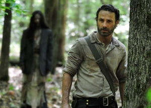 the-walking-dead-Rick & the lady in the woods