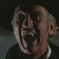 "David Niven en ""Old Dracula (Vampira)"" (1974)"