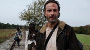 The Walking Dead_Railroad Tracks8