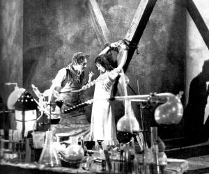 Doble asesinato en la calle Morgue-1932