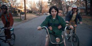 Stranger-Things_Bike-chase